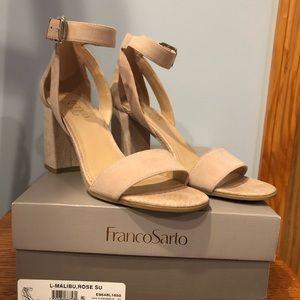 Great condition soft pink Franco Sarto block heel